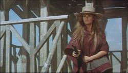 Raquel Welch in Hannie Caulder.