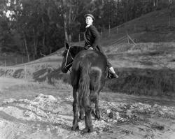 Buster Keaton in Hard Luck
