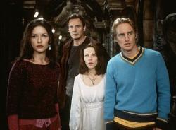 Liam Neeson, Lili Taylor, Catherine Zeta-Jones and Owen Wilson in The Haunting