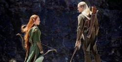 Evangeline Lilly and Orlando Bloom in The Hobbit: The Desolation of Smaug
