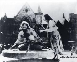 Lon Chaney as Quasimodo and Patsy Ruth Miller as Esmeralda.