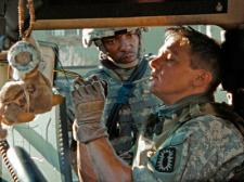 Anthony Mackie and Jeremy Renner in The Hurt Locker