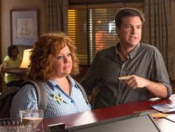 Melissa McCarthy and Jason Bateman in Identity Thief.