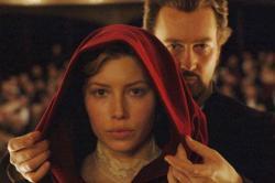 Jessica Biel and Edward Norton in The Illusionist.