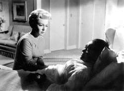 Lana Turner and Juanita Moore in Imitation of Life.