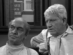 Fredric March and Spencer Tracy in Inherit the Wind.