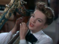 Judy Garland in In the Good Old Summertime.