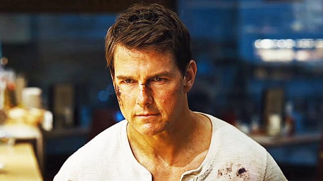 Tom Cruise in Jack Reacher: Never Go Back.