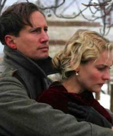 Benno Furmann and Diane Kruger in Joyeux Noel.