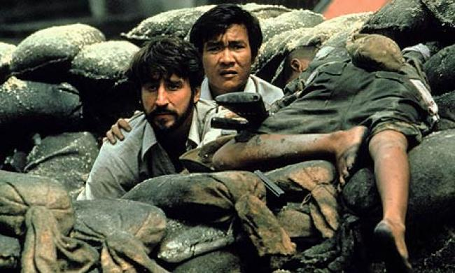 Sam Waterston and Haing S. Ngor in The Killing Fields.