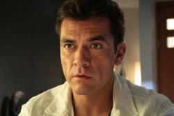 Jorge Salinas in Labios rojos