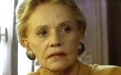 Jeanne Moreau is Amande in La Femme Nikita.
