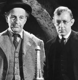 Stanley Holloway and Alec Guinness in The Lavender Hill Mob.