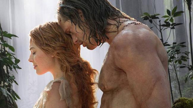 Margot Robbie and Alexander Skarsgård in The Legend of Tarzan.