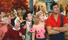 Leslie Parrish and Peter Palmer as Daisy May and Lil Abner.