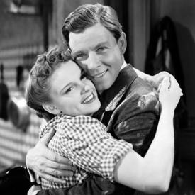 Judy Garland and George Murphy in Little Nellie Kelly.