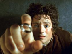 Elijah Wood in Lord of the Rings: The Fellowship of the Ring.