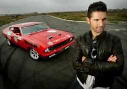 Eric Bana and his first love, the Beast.