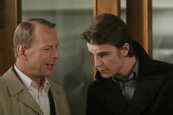 Bruce Willis and Josh Hartnett in Lucky Number Slevin.
