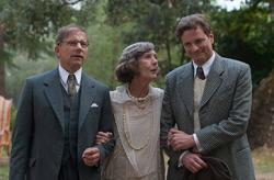 Simon McBurney, Eileen Atkins, and Colin Firth in Magic in the Moonlight.