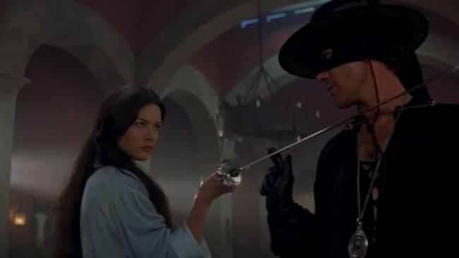 Catherine Zeta-Jones and Antonio Banderas in The Mask of Zorro.