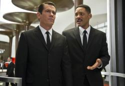 Josh Brolin and Will Smith in Men in Black III.