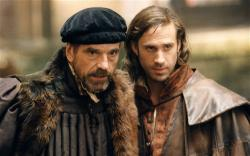Jeremy Irons and Joseph Fiennes in Merchant of Venice