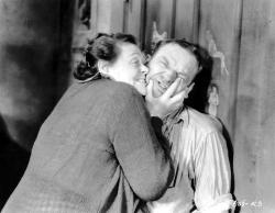 Marie Dressler and Wallace Beery in Min and Bill.
