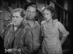 Marie Dressler, Wallace Beery and Dorothy Jordan in Min and Bill