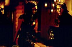 Thandie Newton and Tom Cruise in Misison Impossible II.