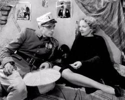Gary Cooper and Marlene Dietrich in Morocco