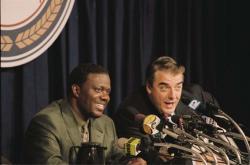 Bernie Mac and Chris Noth in Mr. 3000.