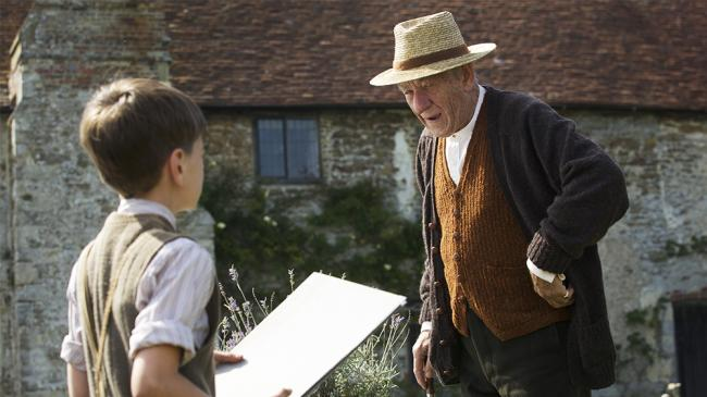 Milo Parker and Ian McKellan in Mr. Holmes.