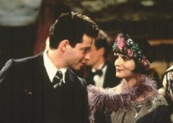 Matthew Broderick and Jennifer Jason Leigh in Mrs. Parker and the Vicious Circle