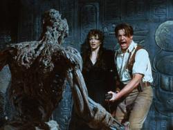 Rachel Weisz and Brendan Fraser in Mummy.