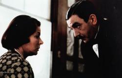 Ingrid Bergman and Albert Finney in Agatha Christie's Murder on the Orient Express.