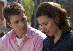 Chris Evans and Scarlett Johansson in The Nanny Diaries.