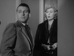 Charles McGraw and Jacqueline White in The Narrow Margin