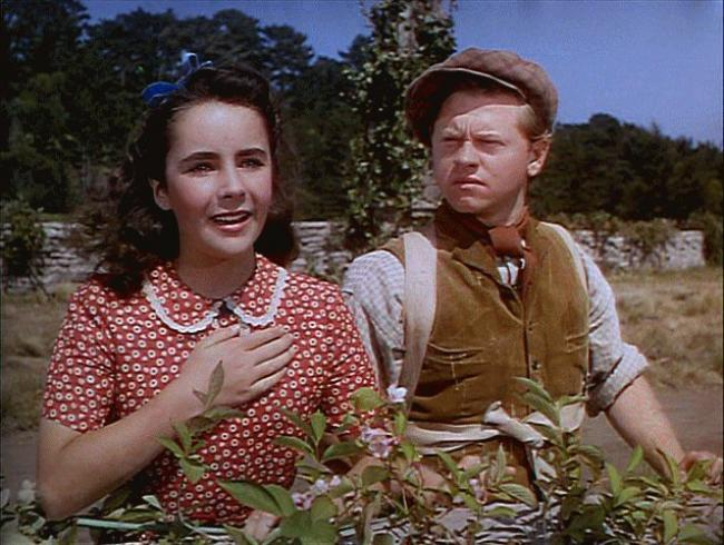 Elizabeth Taylor and Mickey Rooney in National Velvet