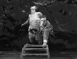 Kathryn McGuire and Buster Keaton in The Navigator.