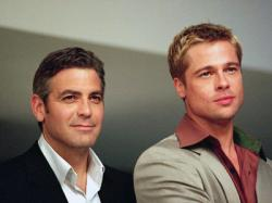 George Clooney and Brad Pitt in Ocean's Eleven.