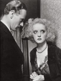 Leslie Howard and Bette Davis in Of Human Bondage