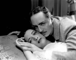 Kay Francis and William Powell in One Way Passage
