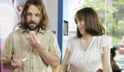 Paul Rudd and Elizabeth Banks in Our Idiot Brother.