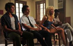 Zac Efron, Matthew McConaughey, Nicole Kidman and David Oyelowo in an awkward moment in The Paperboy
