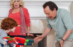 Kyle Harrison Breitkopf, Bette Midler and Billy Crystal in Parental Guidance
