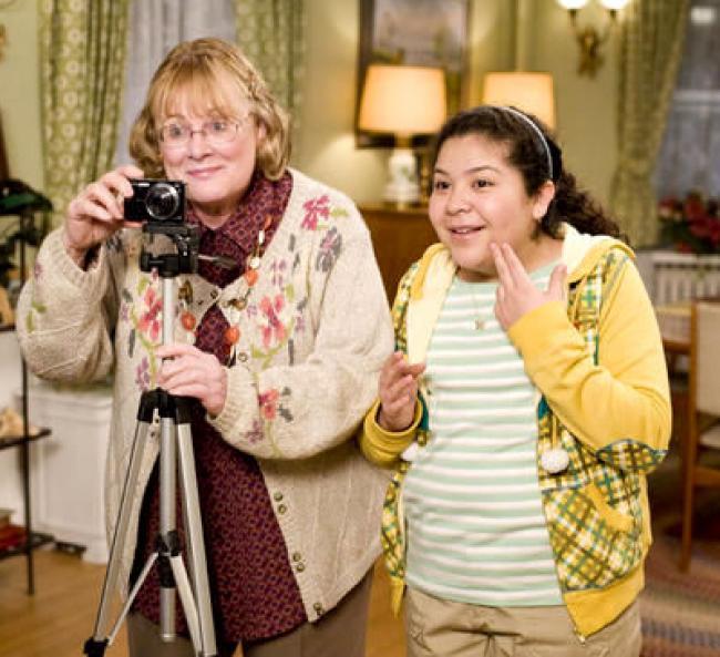 Shirley knight and Raini Rodriguez in Paul Blart: Mall Cop.