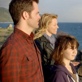Chris Pine, Elizabeth Banks and Michael Hall D'Addario in People Like Us.
