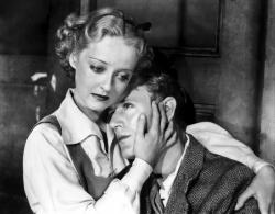 Bette Davis and Leslie Howard in The Petrified Forest.