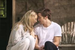 Gwyneth Paltrow and Jake Gyllenhaal in Proof.